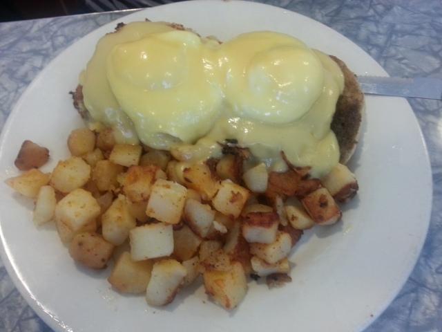 Crabby morning eggs benedict