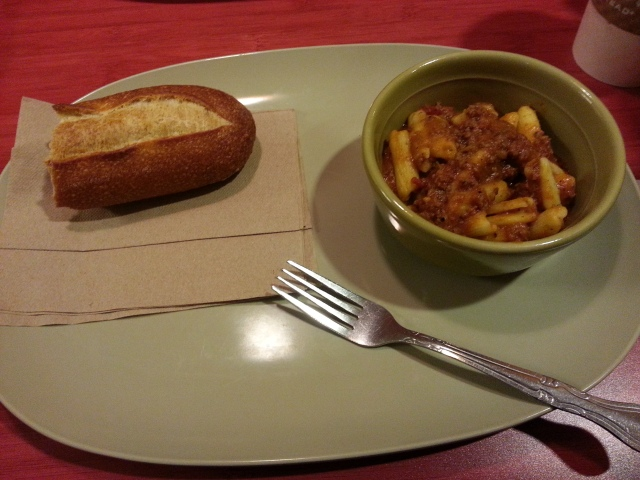 Penne Bolognese with Bread