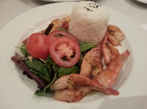 Garlic Shrimps with Rice and Salad