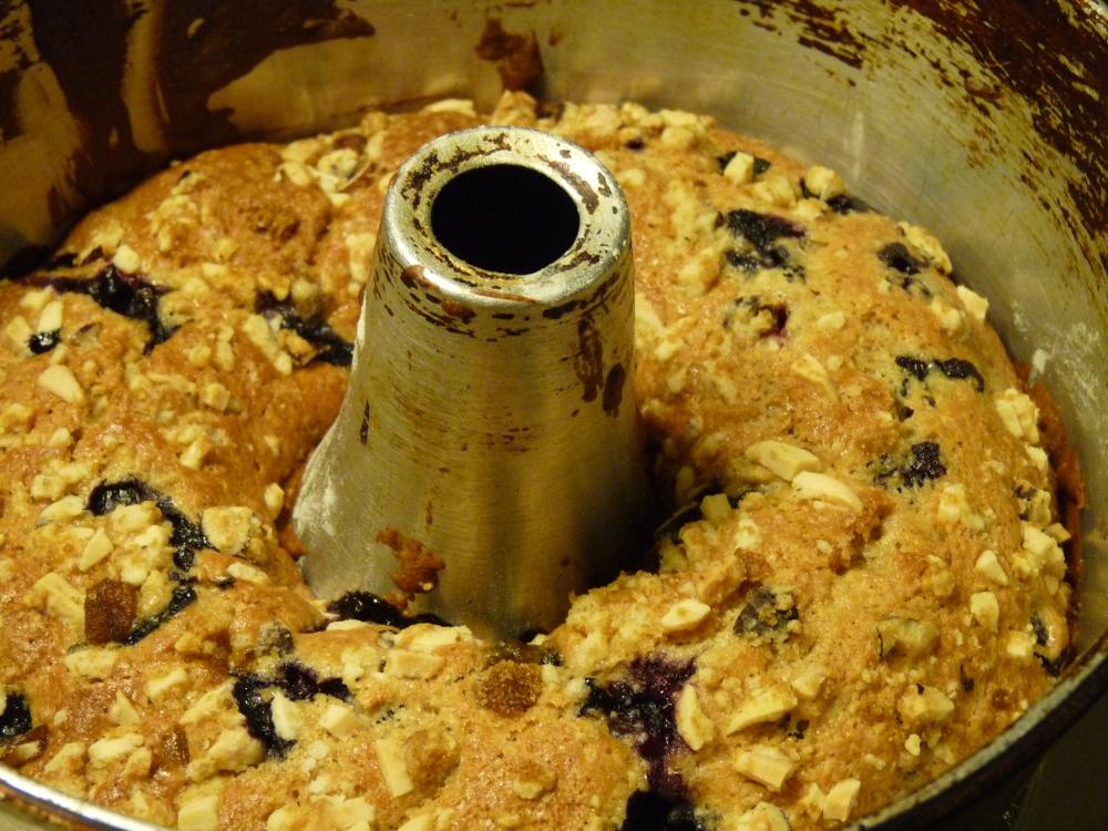 Blueberry Streusel Coffee Cake! (2/4)