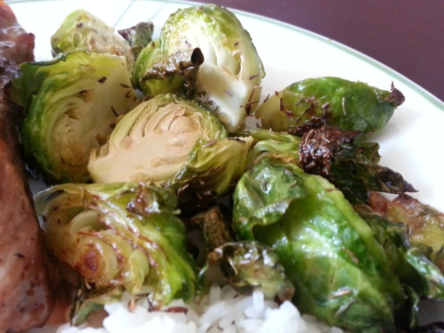 Roasted Garlice Rosemary (or Thyme) Brussels Sprouts!