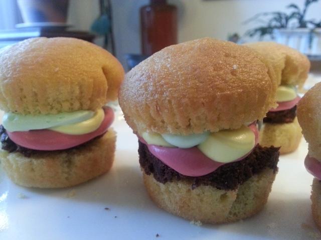 Hamburger cupcakes!