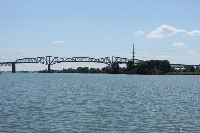 Champlain Bridge on the way back!