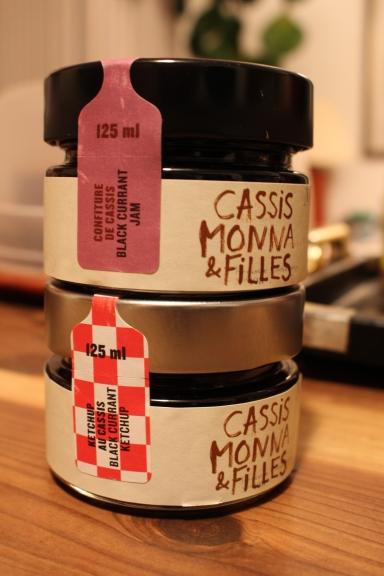 Cassis Monas & Filles
