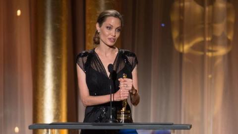 angelina jolie humanitarian award