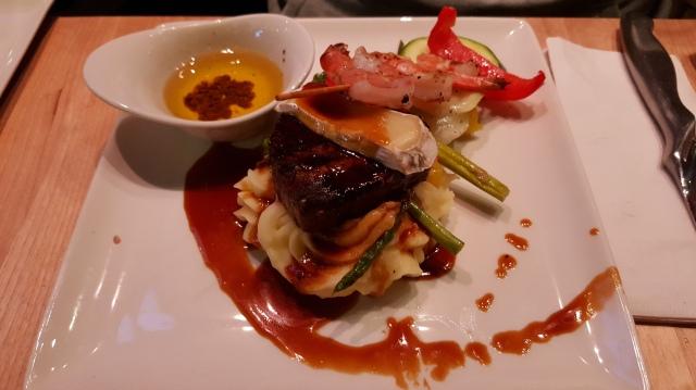 Houston Avenue Bar & Grill