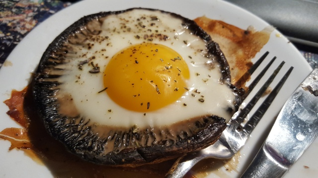 Portobello Mushrooms & Eggs
