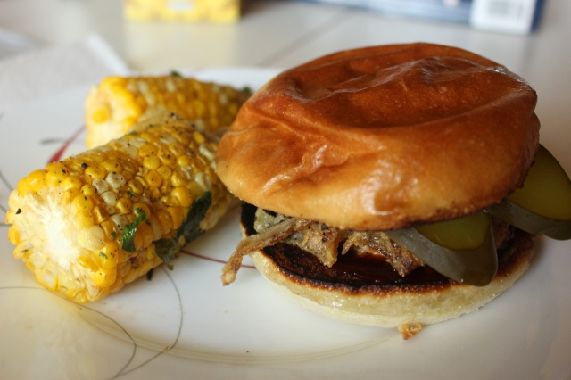 bbq pork burger